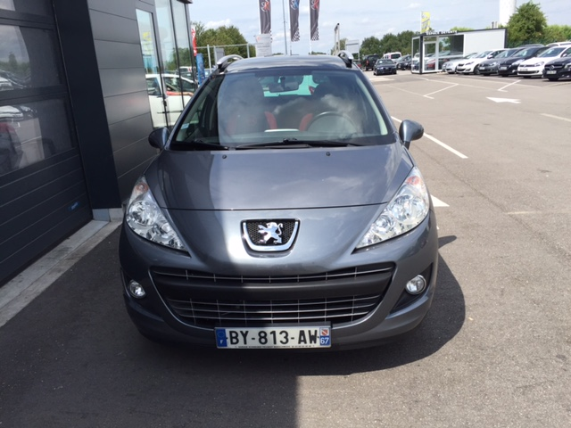 Peugeot 207 SW SERIE 64 1.6 HDI 92CH